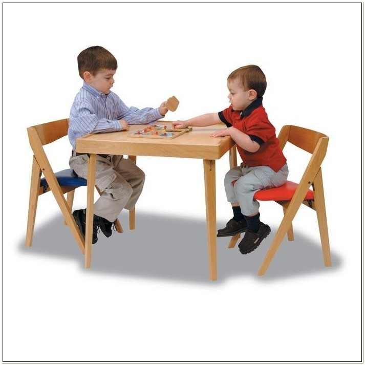Stakmore Childrens Folding Table And Chairs