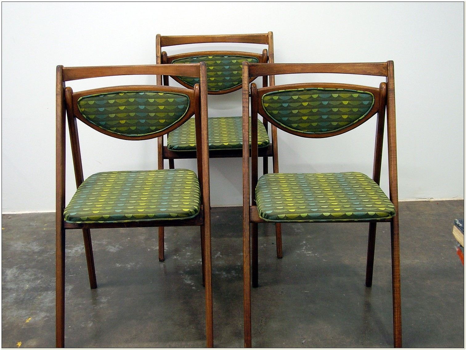 Stakmore Folding Chairs Antique