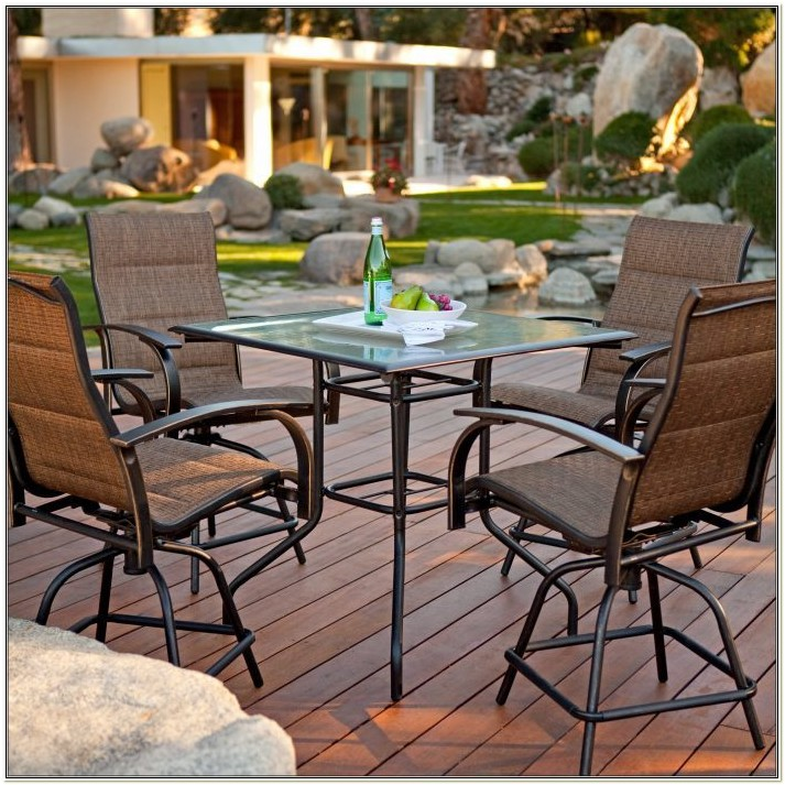 Summer Winds Folding Patio Chairs