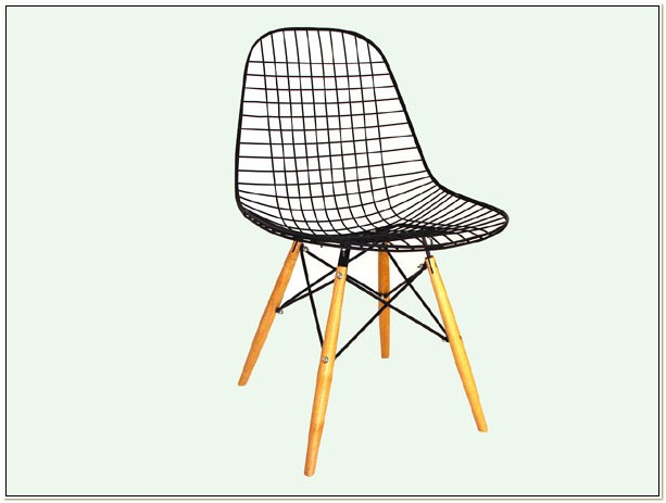 Vintage Eames Wire Mesh Chair