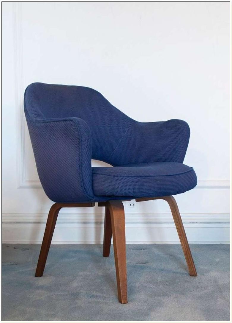 Vintage Saarinen Executive Armless Chair