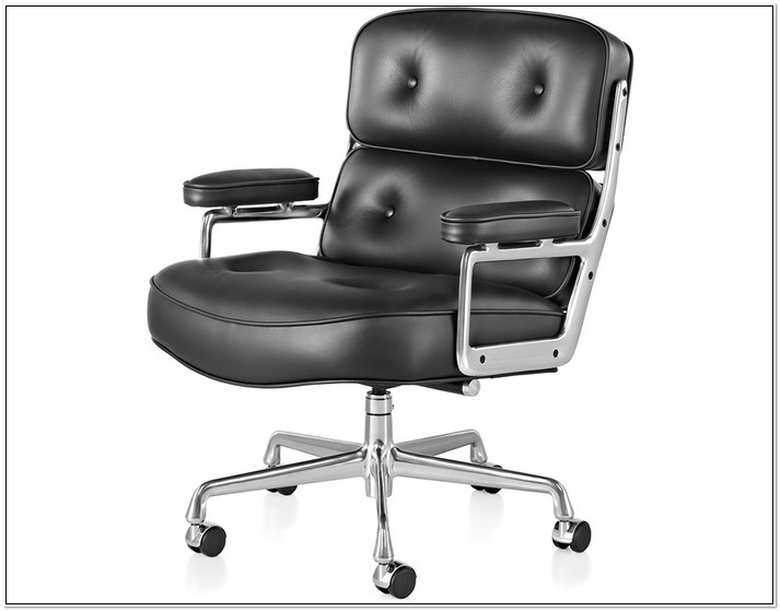 Vitra Eames Management Chair