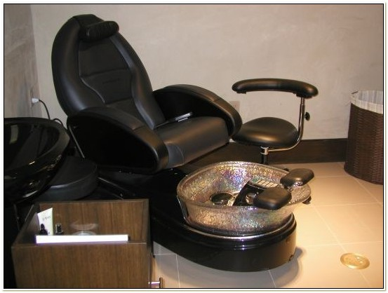 What Is A Pipeless Pedicure Chair