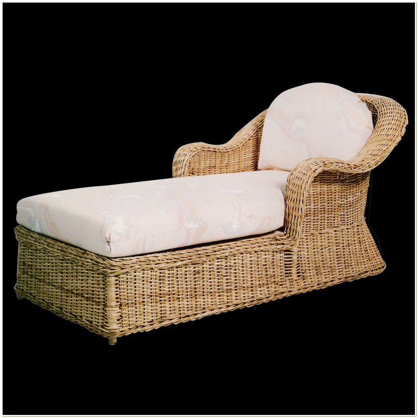 Wicker Chaise Lounge Chairs