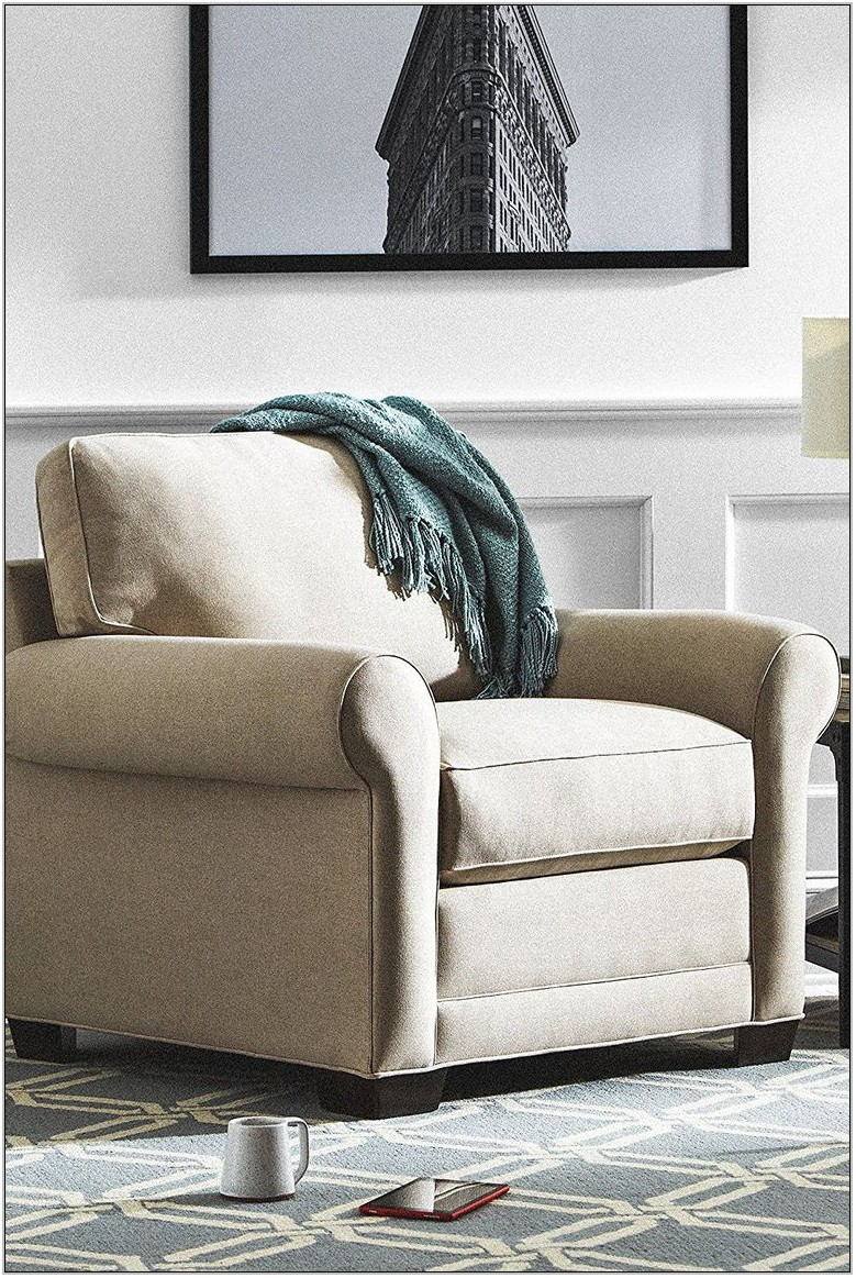 Comfy Living Room Chairs