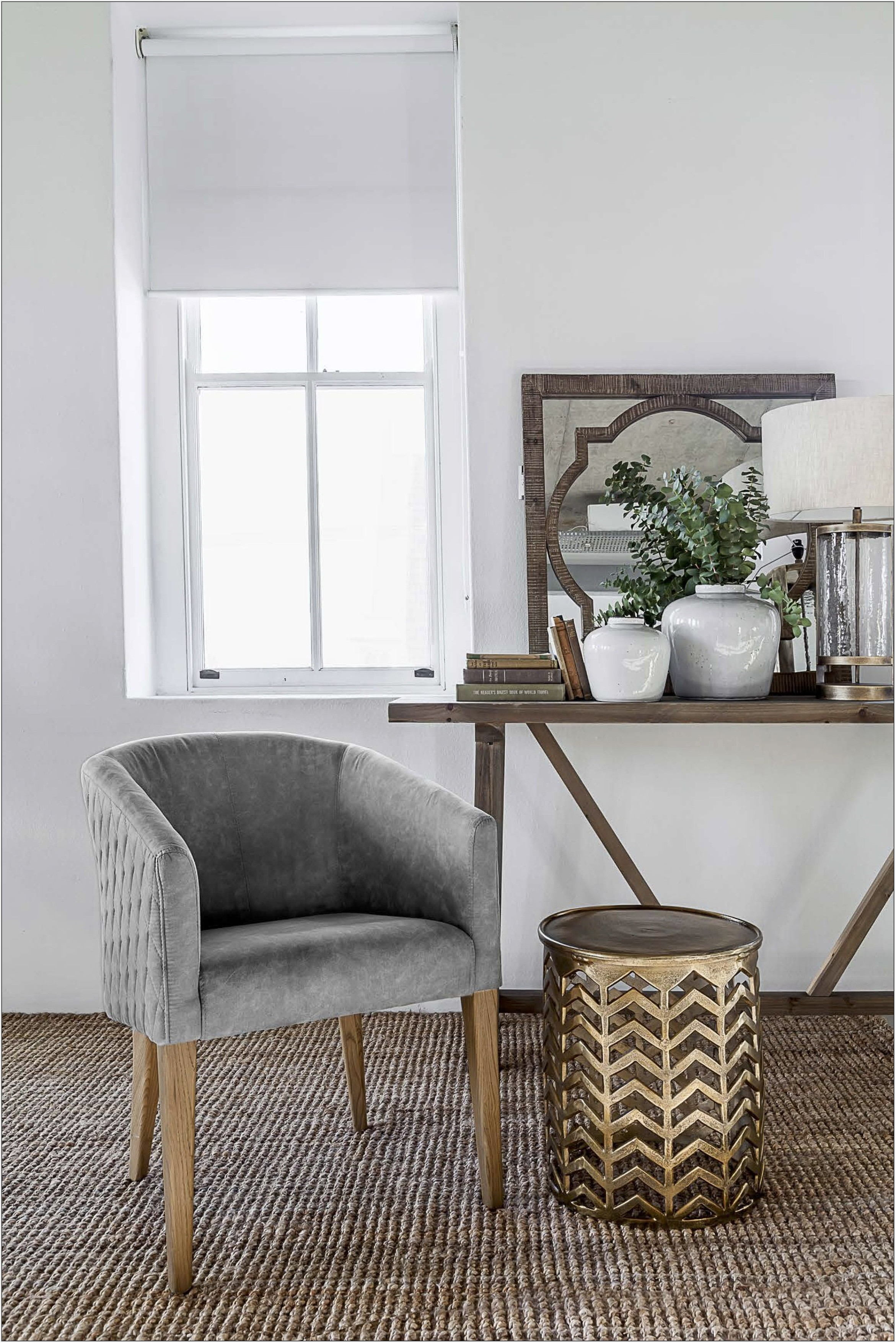 Compact Living Room Chairs