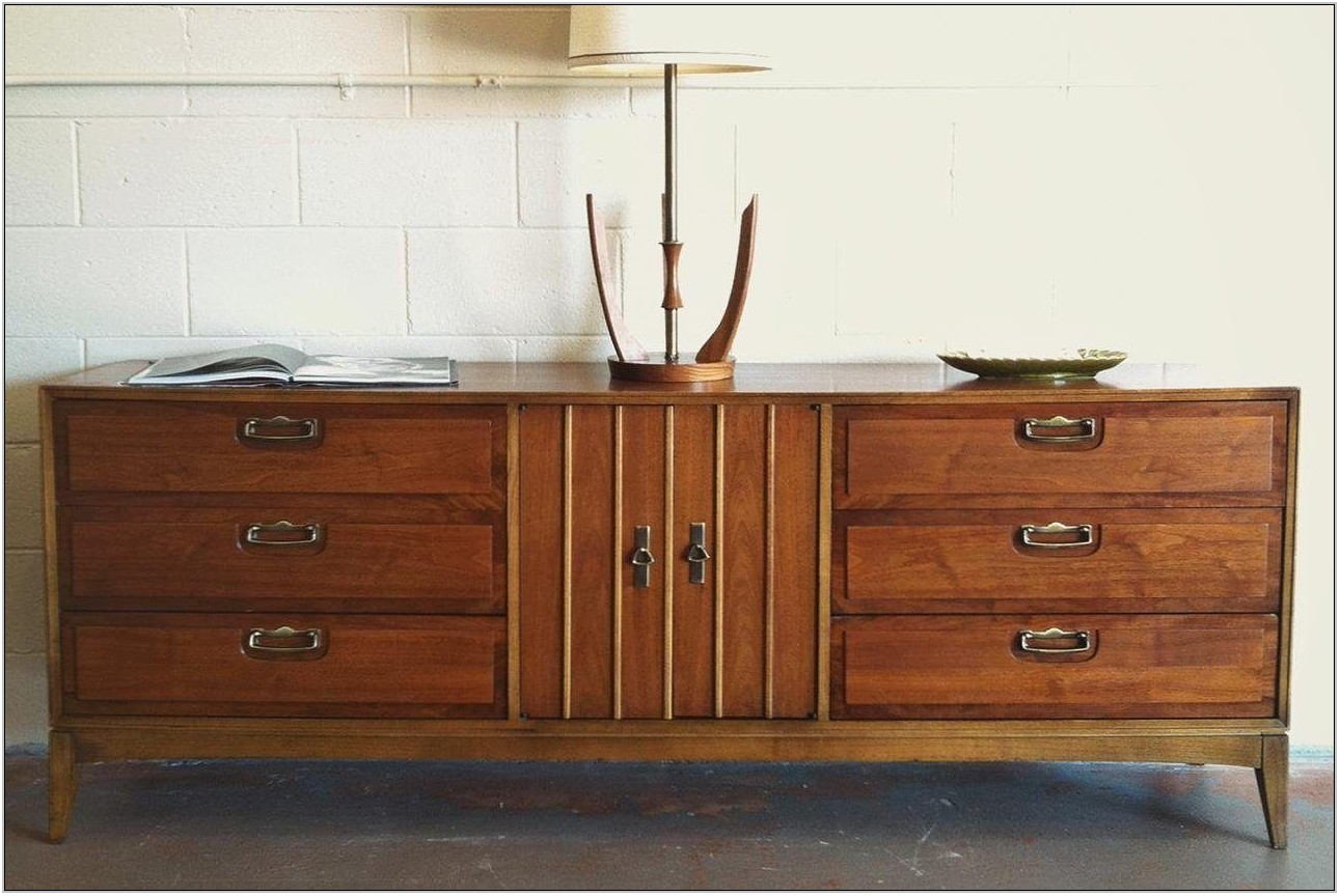 Discontinued Broyhill Living Room Furniture