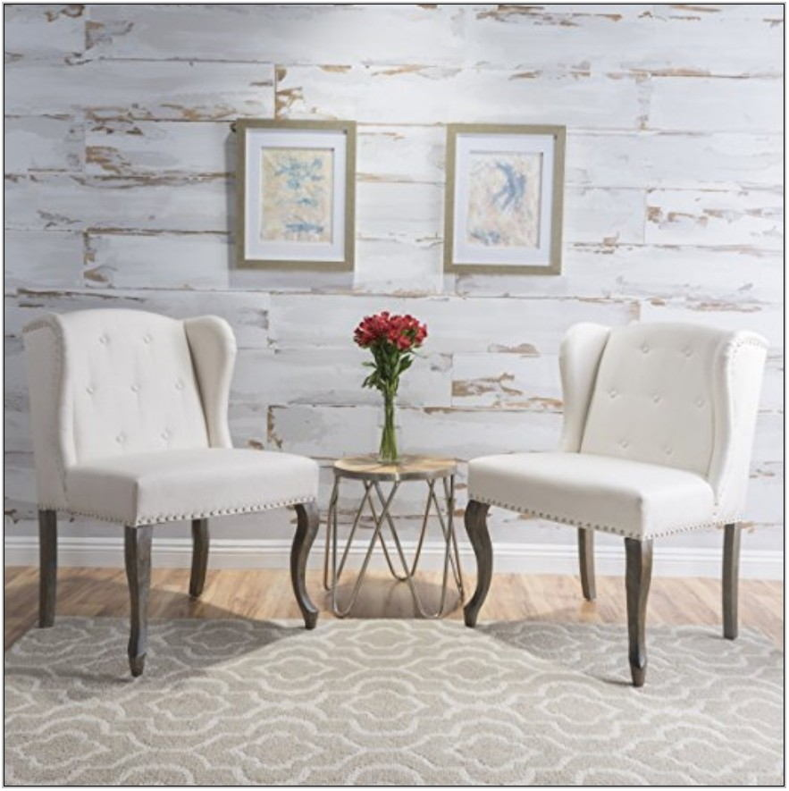 Farmhouse Living Room Accent Chairs