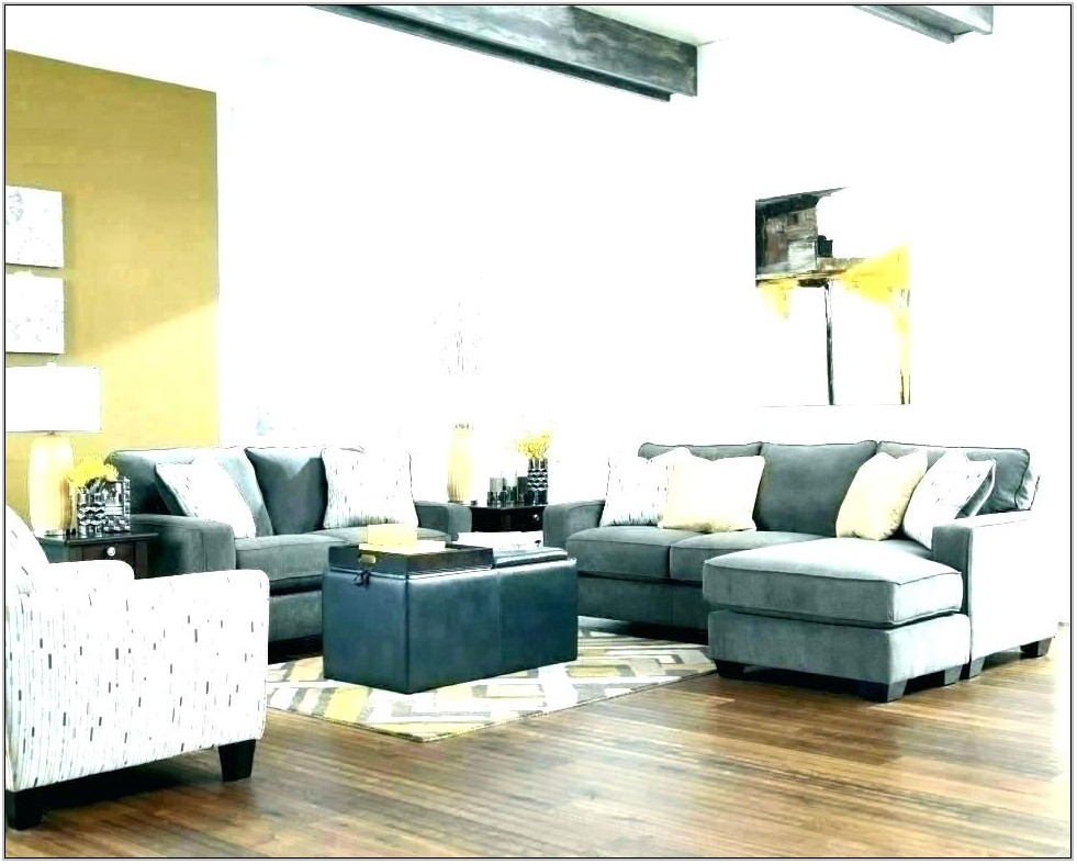Living Room Couch With Chaise