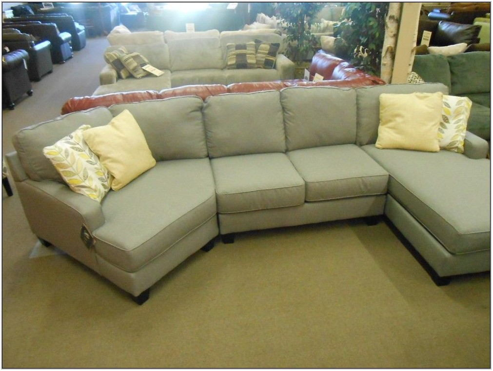 Living Room Sectional With Chaise