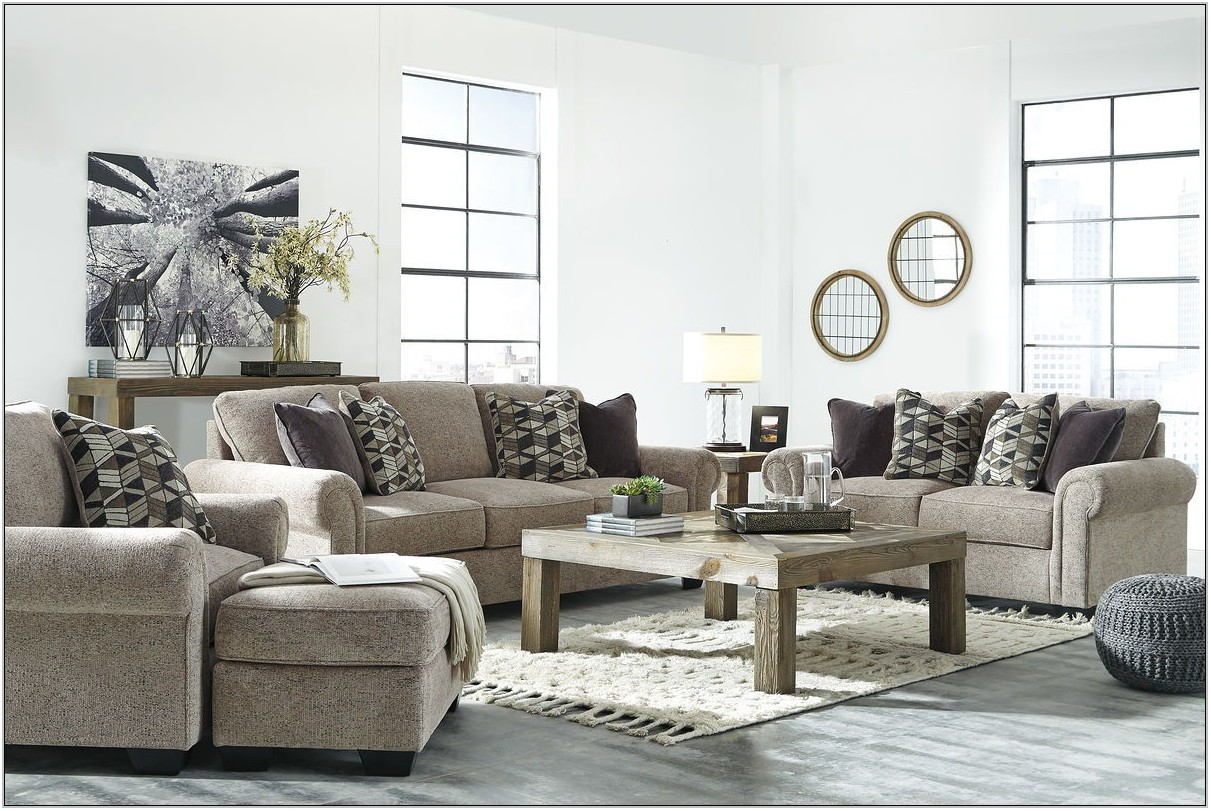 Loveseat And 2 Chairs Living Room