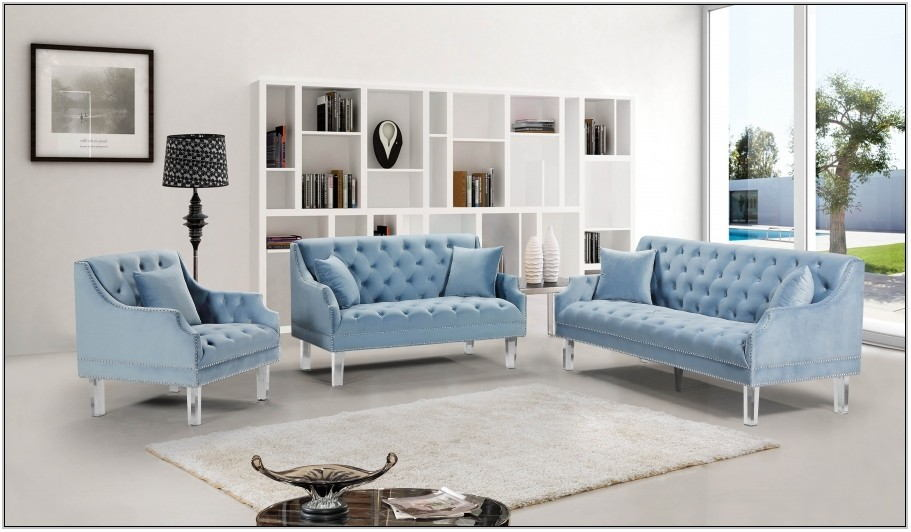Meridian Living Room Set