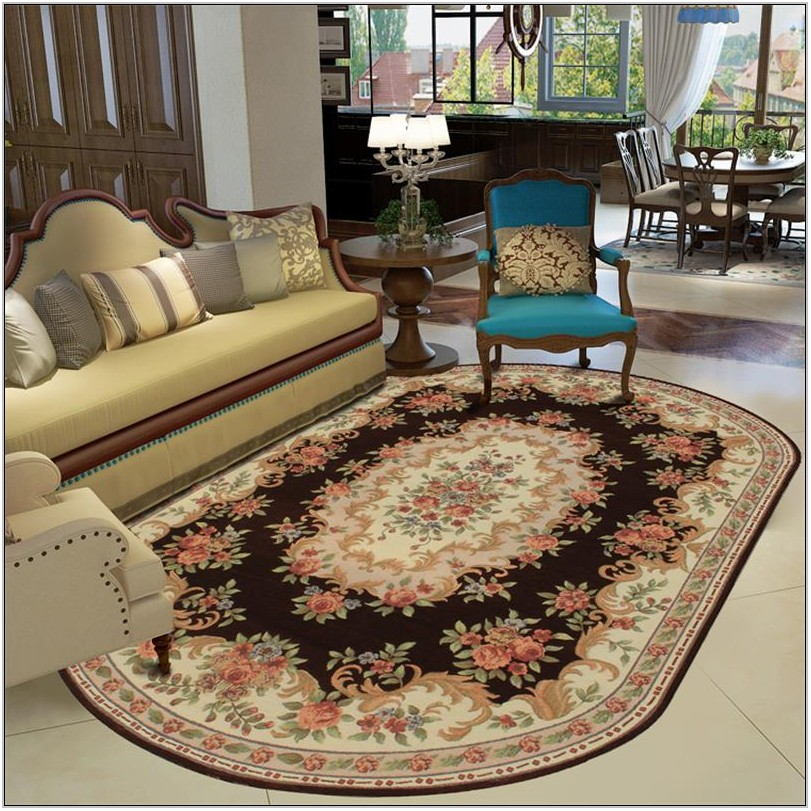 Oval Rug In Living Room