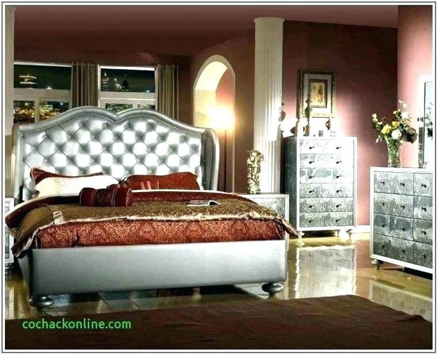 Paul Bunyan Living Room Furniture