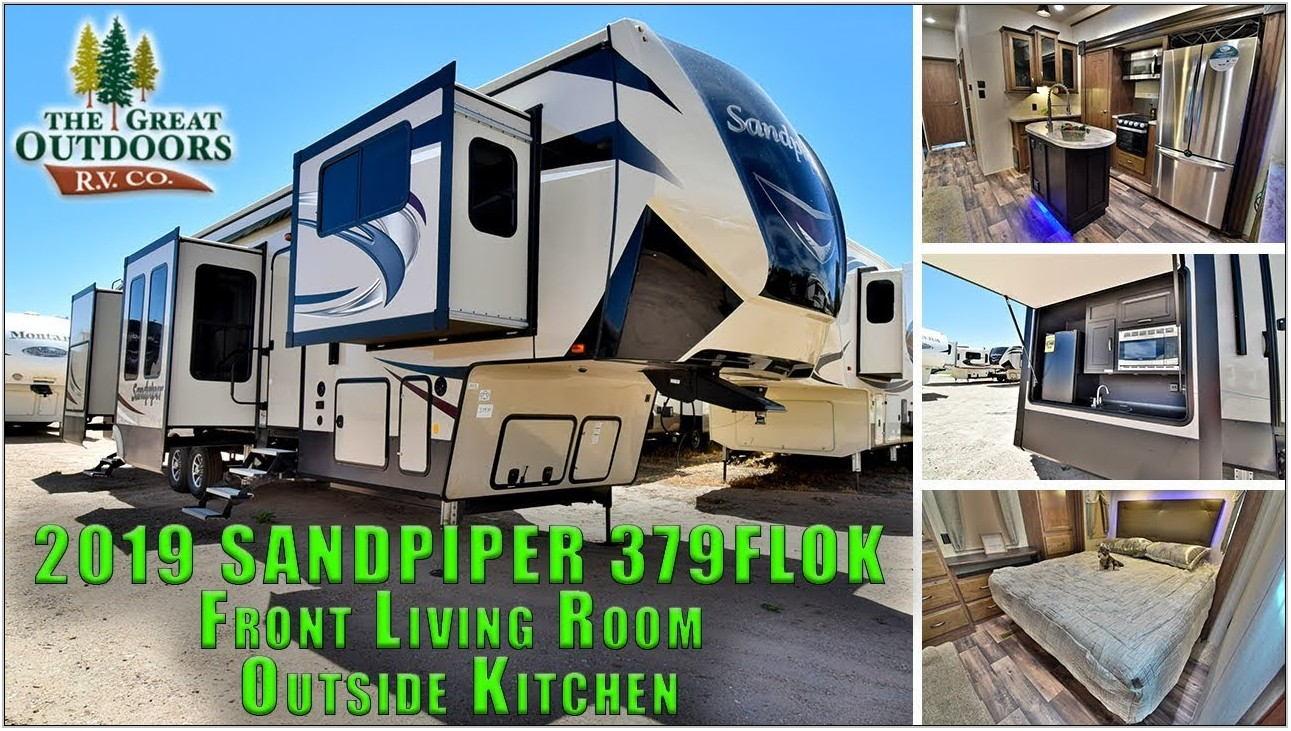 Sandpiper 5th Wheel Front Living Room