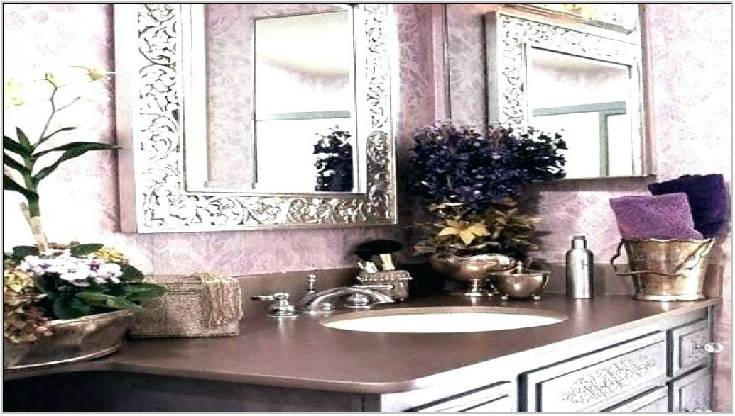 Silver And Lilac Living Room