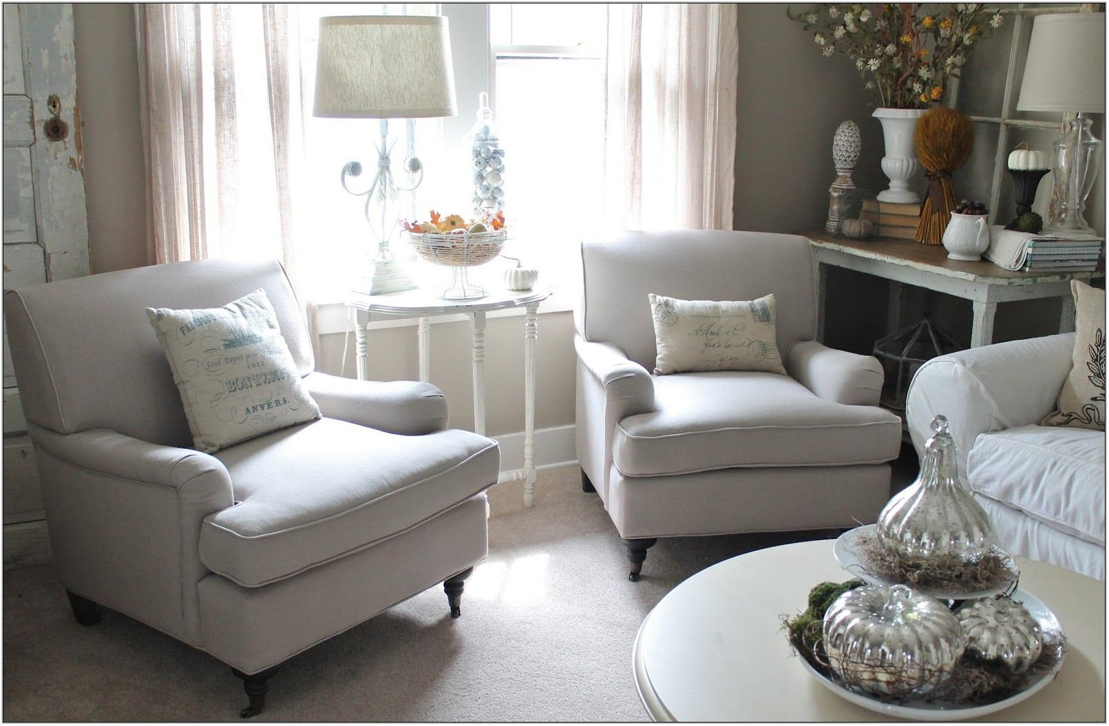Small Comfortable Living Room Chairs
