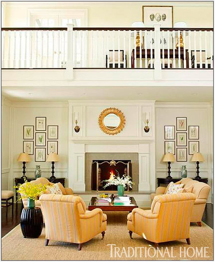 Traditional Home Living Rooms