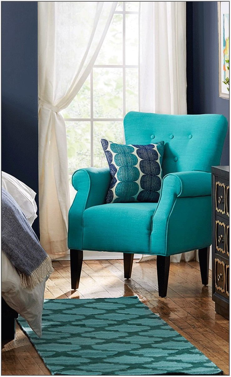 Trendy Living Room Chairs