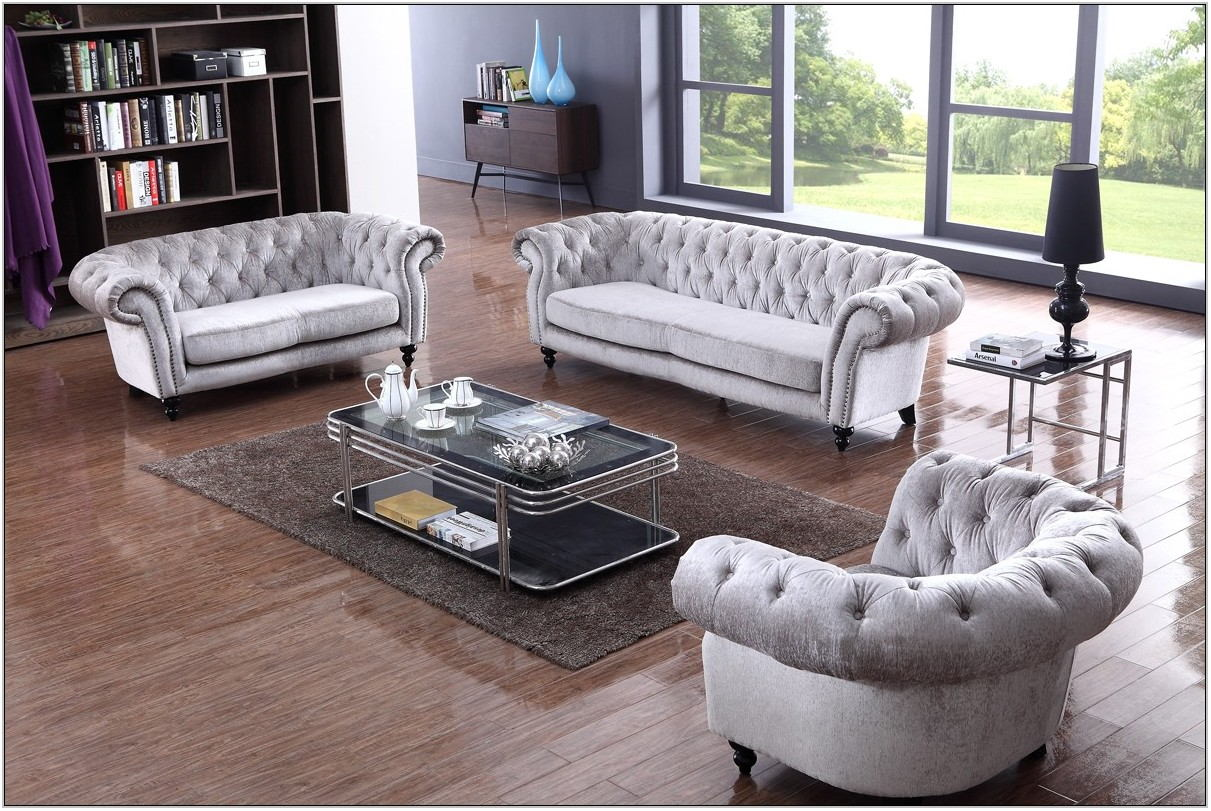 Tufted Living Room Sofa