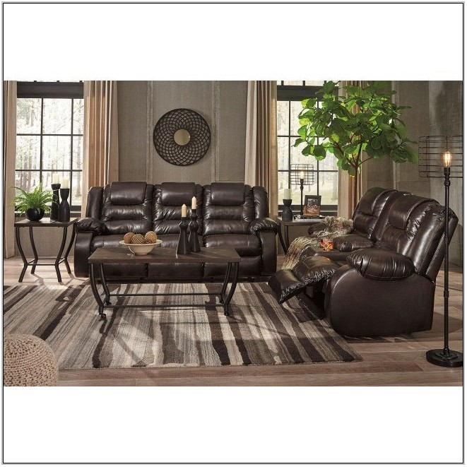 Vacherie Chocolate Reclining Living Room Set