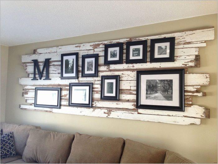 White Wall Living Room Decor