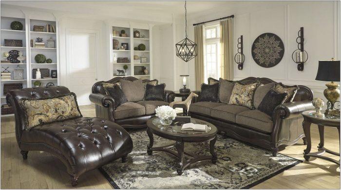 Winnsboro Durablend Vintage Living Room Set