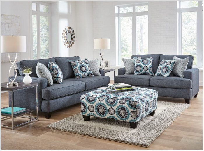 Woodhaven Hollywood Living Room Set