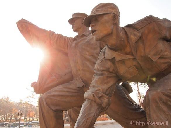 Statues at War Memorial of Korea in Seoul