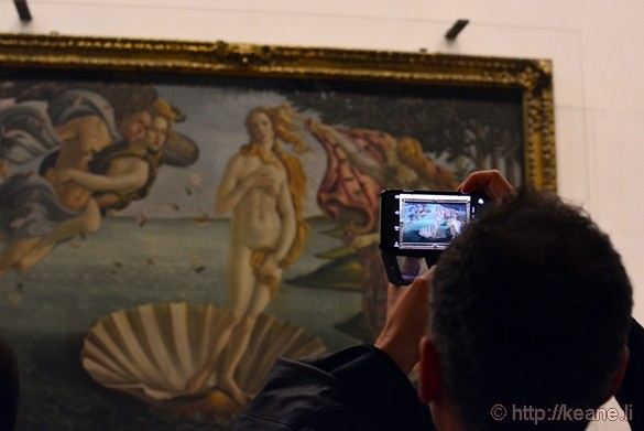 Botticelli's Birth of Venus in the Galleria degli Uffizi