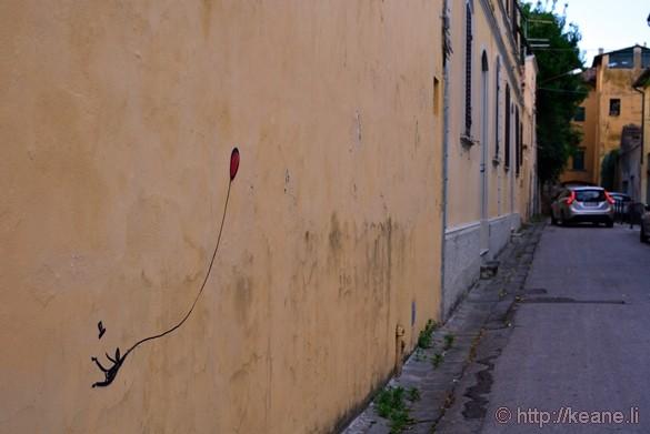 Balloon Street Art in Pisa