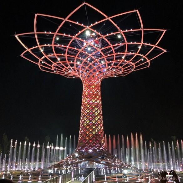 Tree of Life at Night at Milan Expo 2015