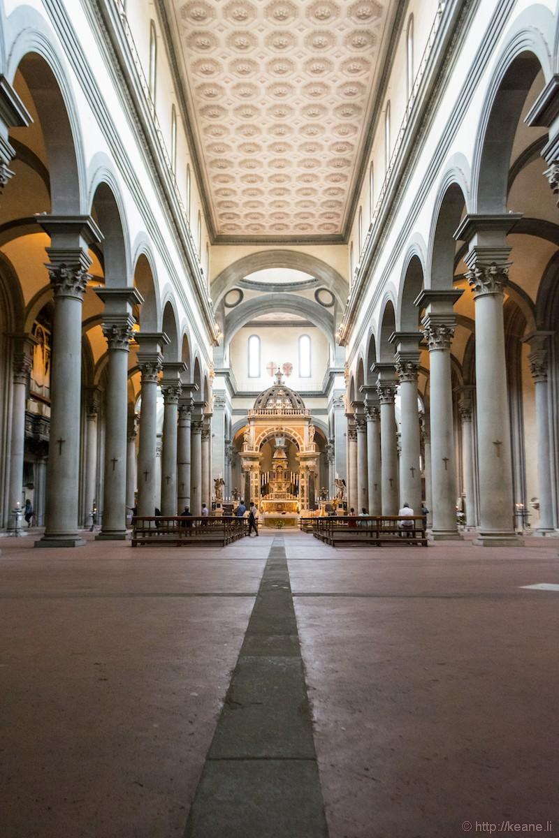 Inside the Basilica di Santo Spirito