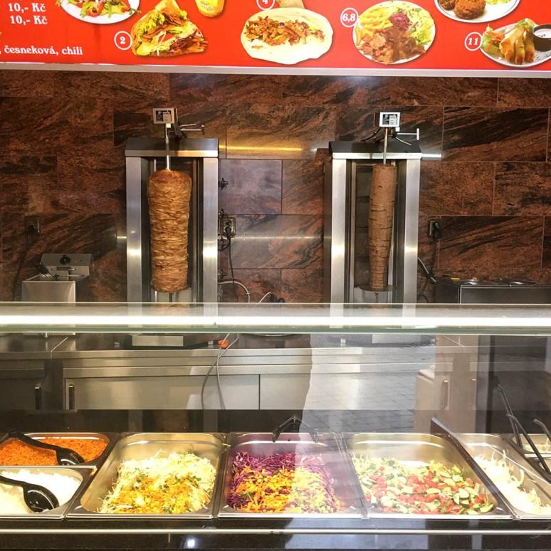 Škoda, že maso bylo z hrnce - Kurdský Kebab Brno