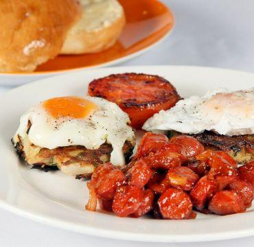 Fried Eggs week-end breakfast Kebab Bistro - Friday Breakfast