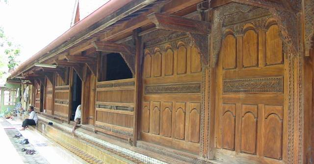 Kudus Traditional House, a High Statuary House