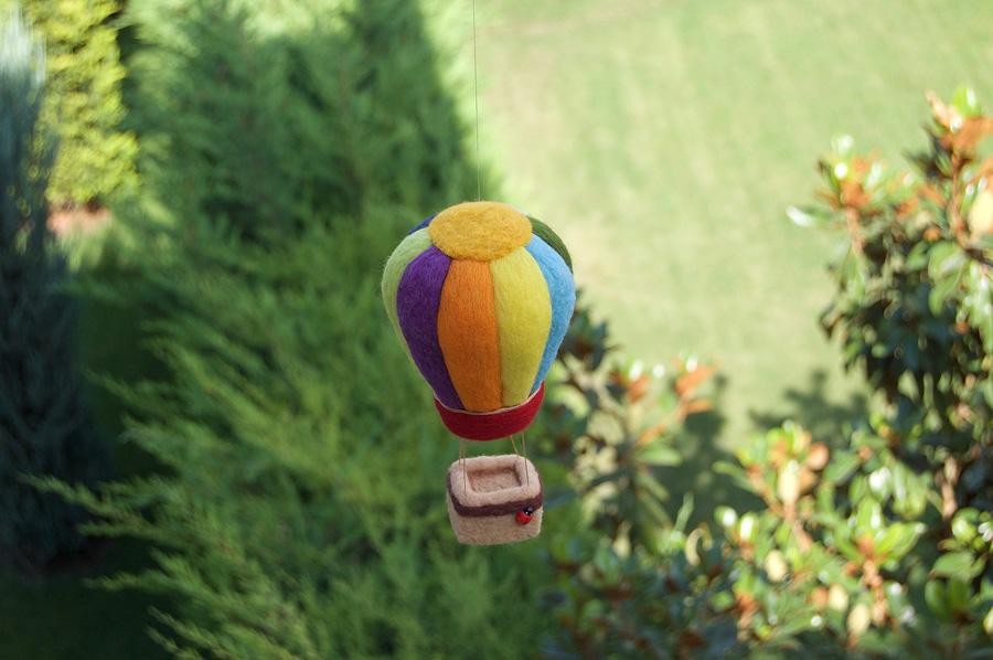 kapadokya balonu keçe iğneleme - keçe inadı- el yapımı özel sipariş figür obje - air balloon needle felting