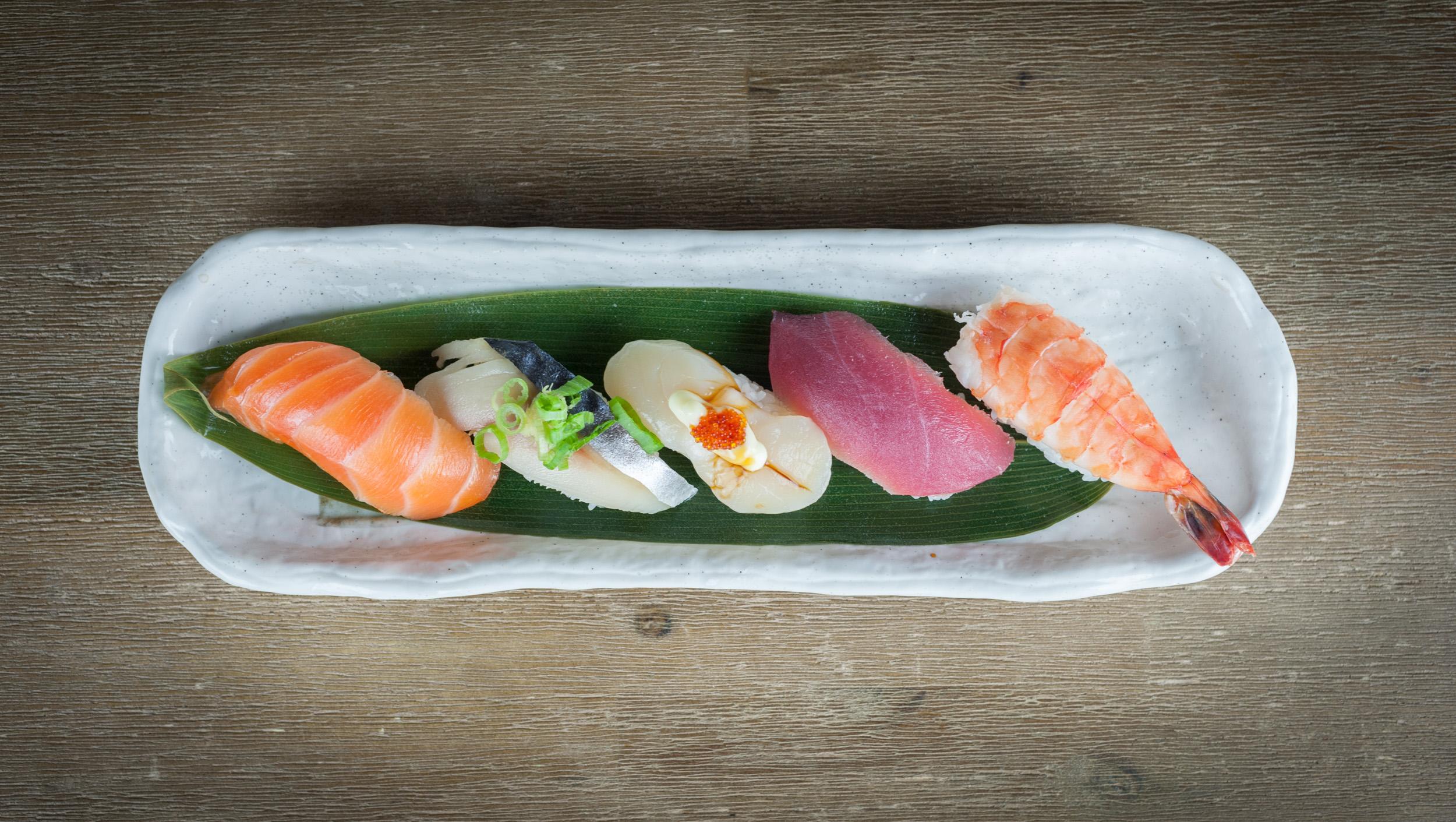 ke-image ke Charcoal Grill & Sushi