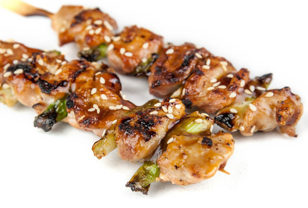 Barbecue_Meat_on_skewers ke Charcoal Grill & Sushi