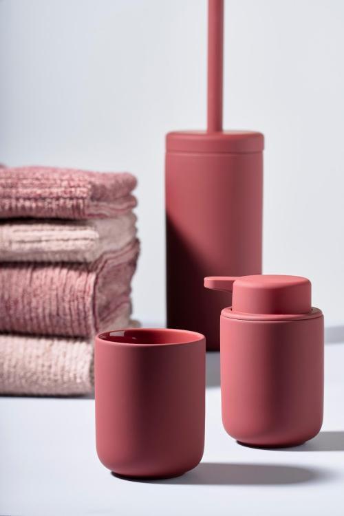 Toothbrush mug maroon red ume