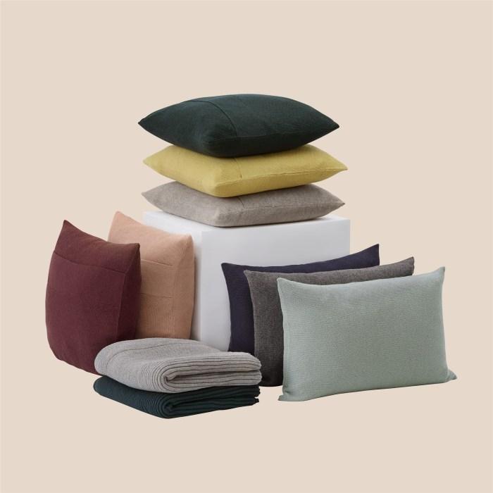 Layer Cushion 50x50 burgundy