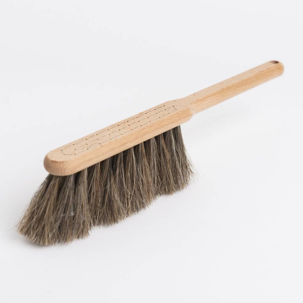 Iris hantverk broom