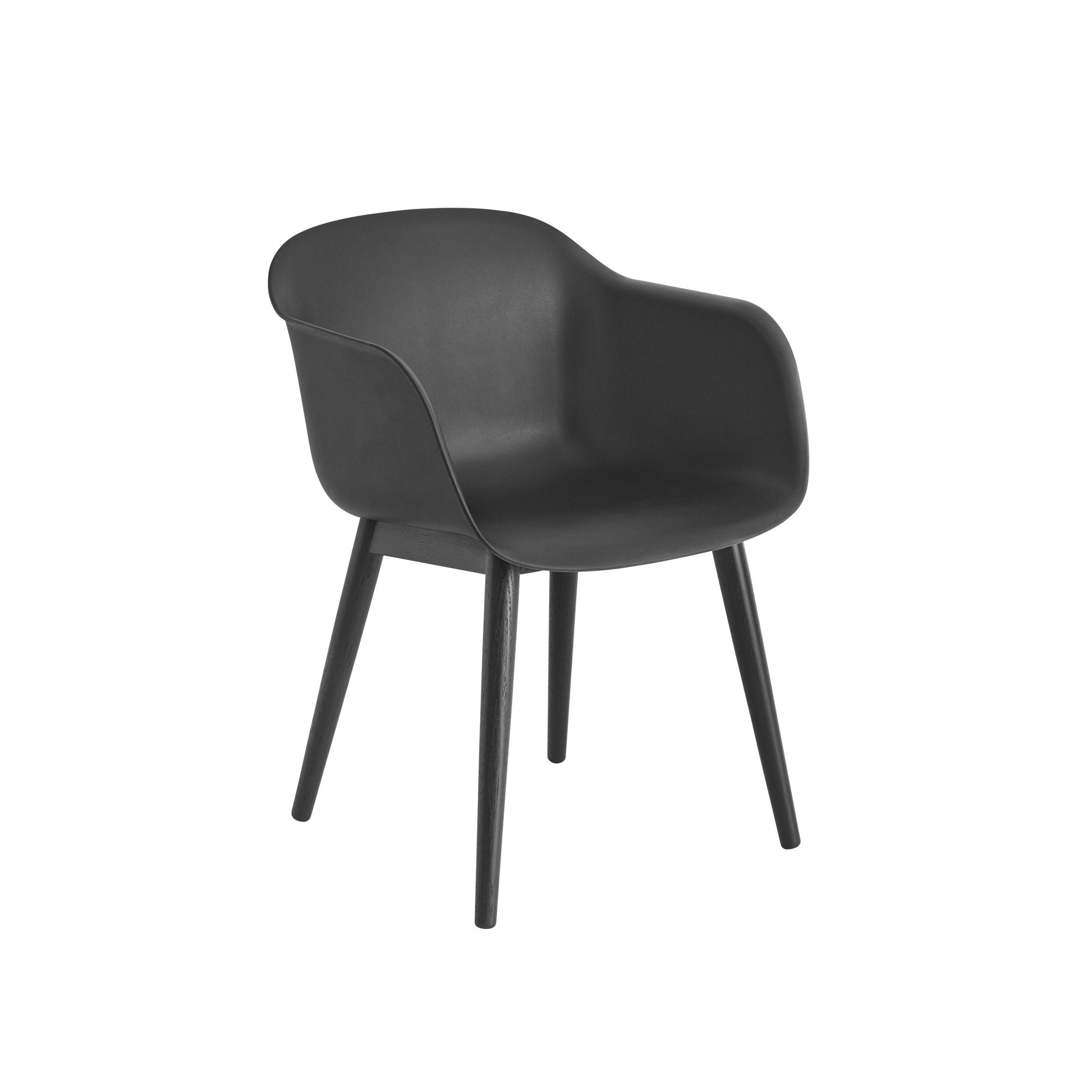 Muuto Fiber Armchair Wood Base Black/Black