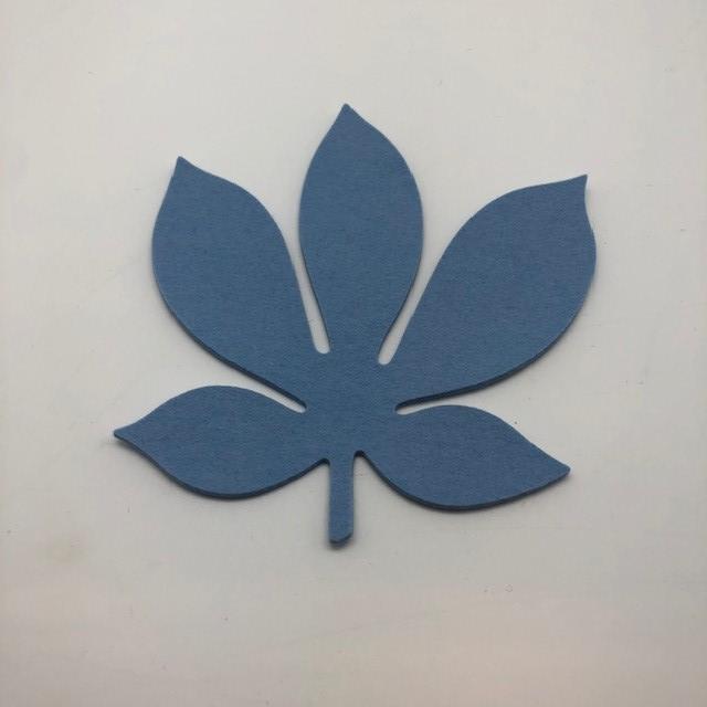 Onderzetter blad chestnut pastel blue 19