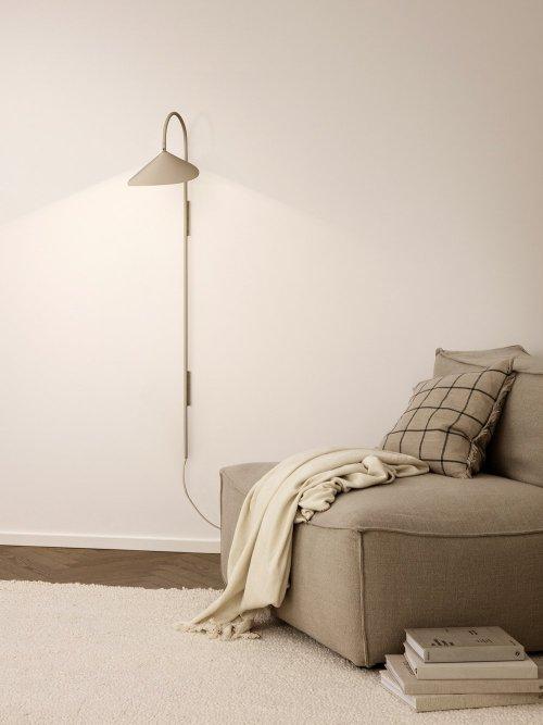 Ferm Living Arum Wall Lamp Tall Cashmere