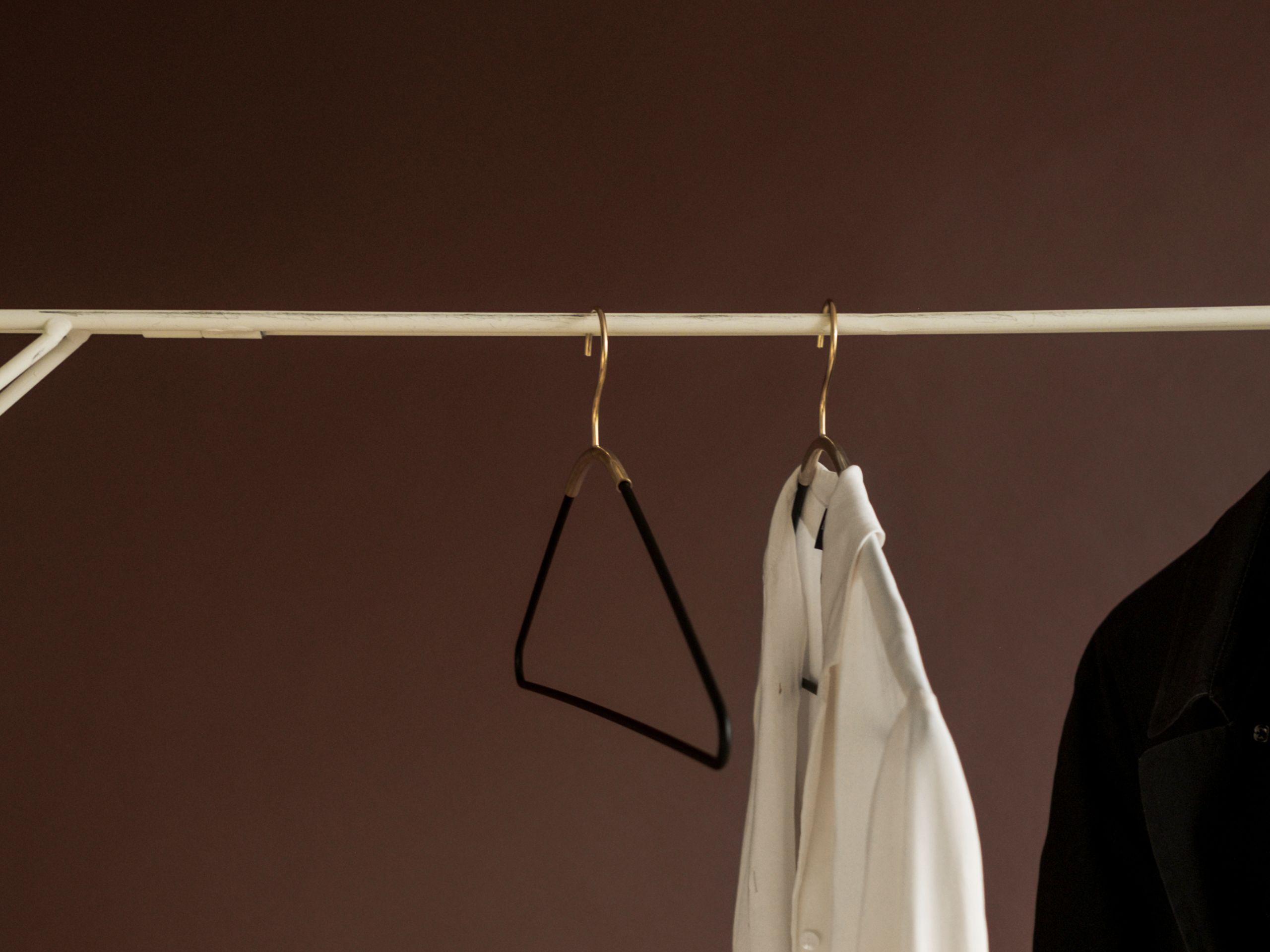 Menu Ava Hanger Black/Brass