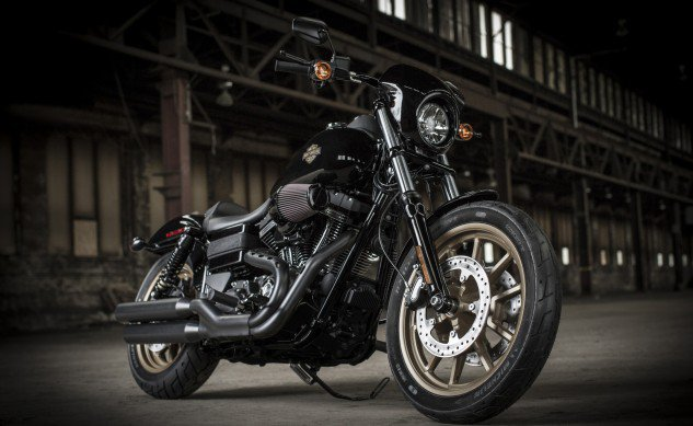 2016-Harley-Davidson-Low-Rider-S