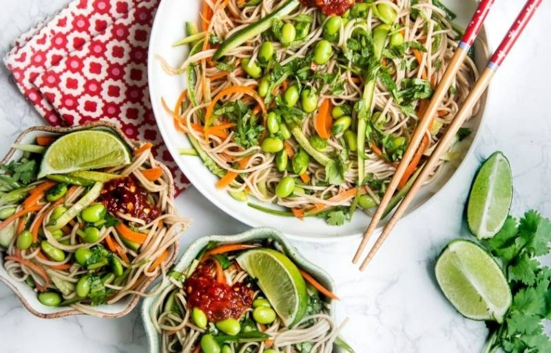 rice noodles with edamame