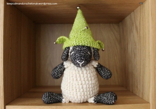 KCACOUK-Sheep-on-a-Shelf01