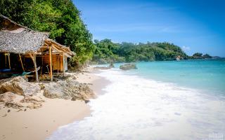 Ilig-Iligan Beach in Boracay Island, Philippines.